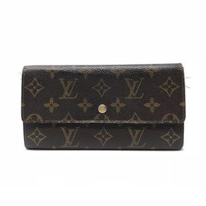 3fb69933be4f Women s Louis Vuitton Sarah Wallet on Poshmark